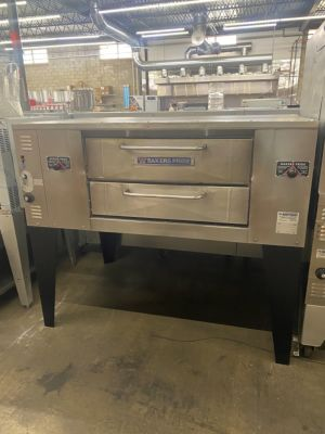 Bakers Pride DS-805 Natural Gas 4 Pie Pizza Oven (USED)