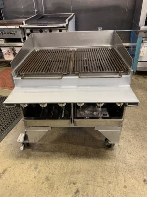 Bakers Pride CH-6 Natural Gas Dante Series Floor Model Charbroiler (DEMO UNIT)